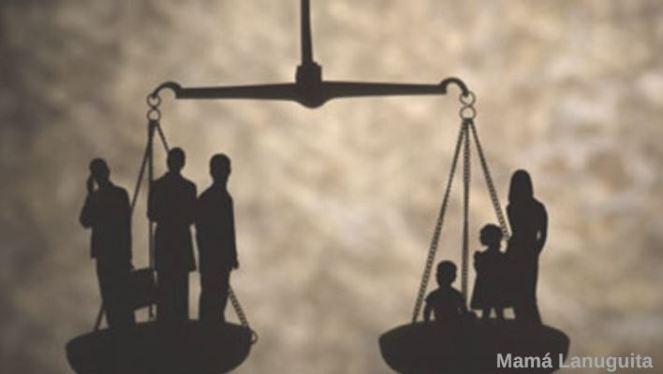 conciliacion laboral y familiar trabajo y familia maternidad excedencia balanza familia trabajo